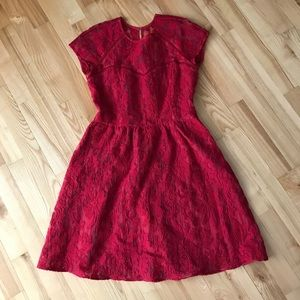 NWOT Dolce Vita red lace dress.